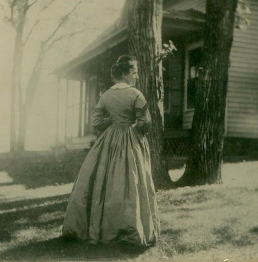 Anna in G's dress